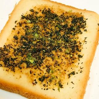 ふわっとトーストひじき&胡麻ダレのサラダ風トースト