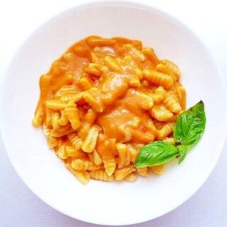 ニョケッティ・サルディのトマトクリームパスタ