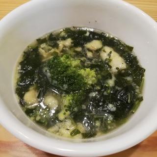 モロヘイヤとブロッコリーのとろふわスープ