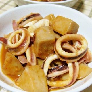 ピリっと美味しい☆セレベスとイカの煮物