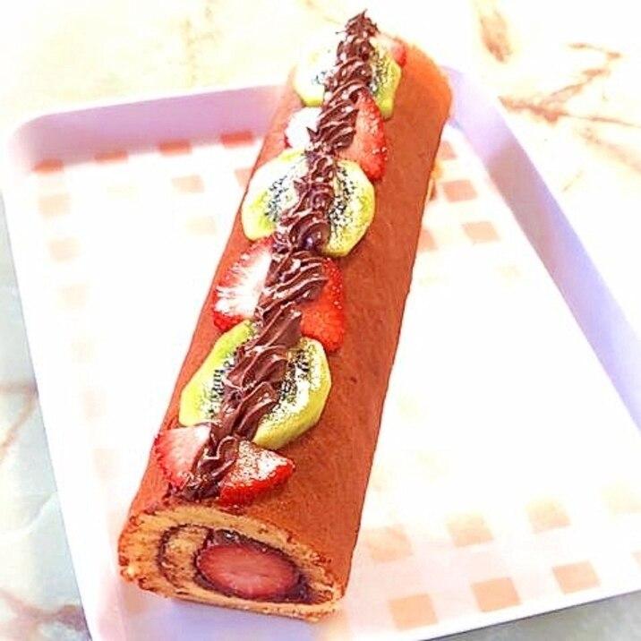 シフォン生地で!苺と濃厚チョコのクリームロール♪