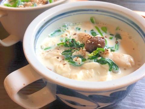 ヘルシー♪くずし豆腐と冷凍きのこの和風豆乳スープ