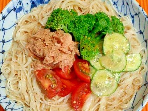 ごまドレッシングのサラダ素麺♪
