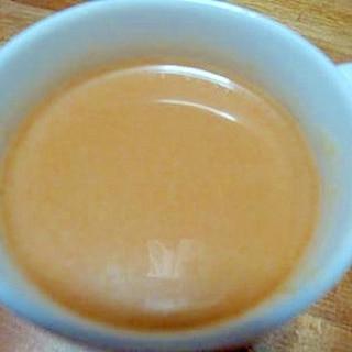 アーモンドミルクとほうじ茶のホットドリンク