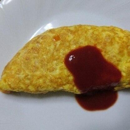 半熟卵の内に巻くように心がけてましたが、ちょっとてこづり硬めに出来上がってしまいました…でもとっても美味しかったです。
