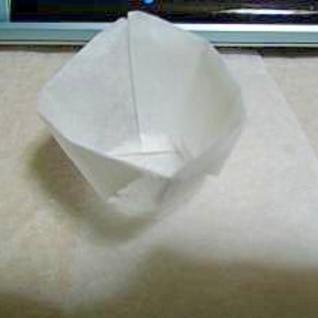 クッキングシートでカップの折り方。