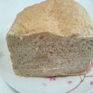 HB使用☆豆乳入り全粒粉の食パン