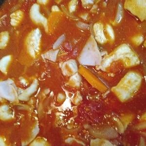 キャベツと鶏肉のトマト煮