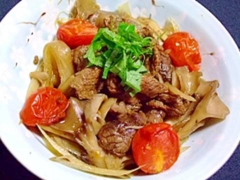 牛すじ肉のコーラ煮de◆トマトとキノコ洋風すき焼き
