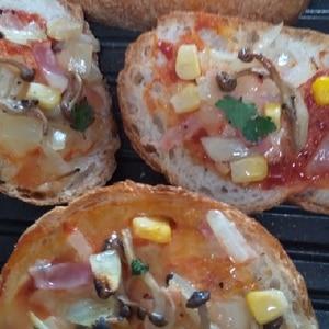 フランスパンで簡単ピザ!