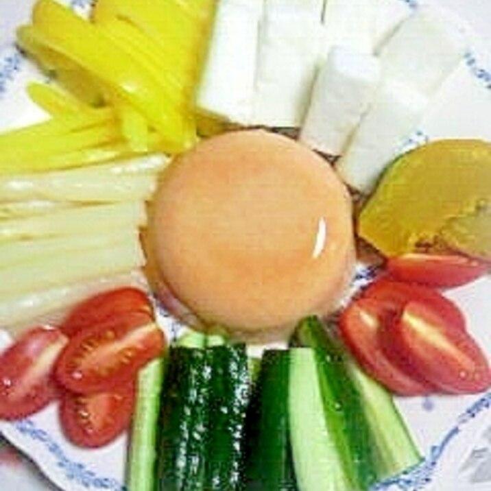 はんぺんと野菜のクリームゼリー添え