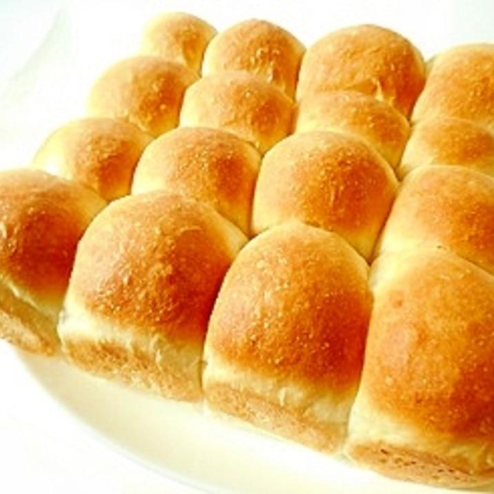 簡単に♪シンプルに♪ちぎりパン ~型なしでも平気~