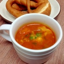 モッツァレラチーズ入りトマトスープ