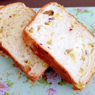 ホームベーカリーで☆さつまいも食パン