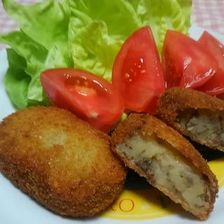 鶏ひき肉炒め入りポテトコロッケ☆