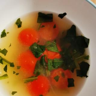 たまにはこんなのいかが?トマトのみそ汁