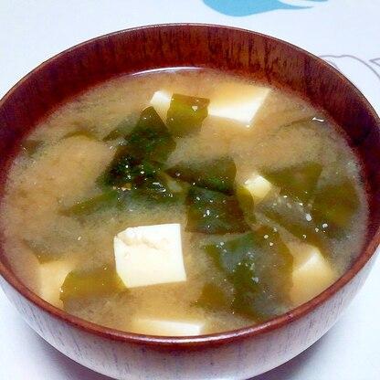 豆腐と若布の味噌汁++