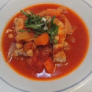 とり手羽元と夏野菜のトマトソース煮込み